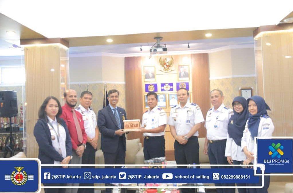 Kunjungan Bangladesh Marine Academy ke STIP
