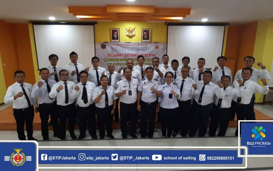 Closing of TOT IMO Model Course Training 6.09 at STIP Jakarta