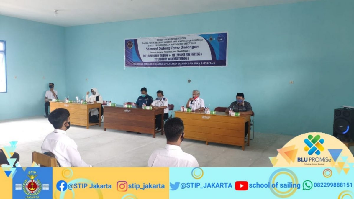 STIP bagikan 531 sertifikat gratis dan uang saku untuk peserta Diklat Pemberdayaan Masyarakat (DPM), kerja sama STIP dengan SMK Negeri 2 Kabupaten Ketapang, Kalimantan Barat